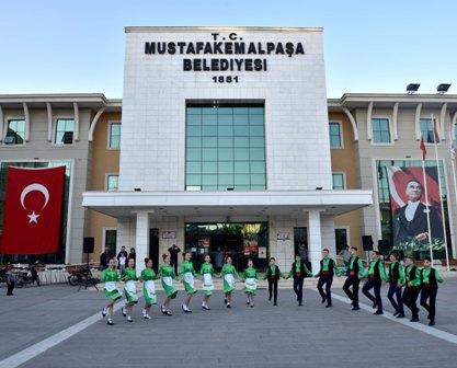 http://www.dostmedya.com/haber/1823341594.jpg