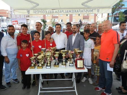 http://www.dostmedya.com/haber/1902361289.jpg