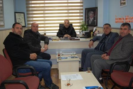 Adnan Oru� Ak Parti�yi ziyaret etti