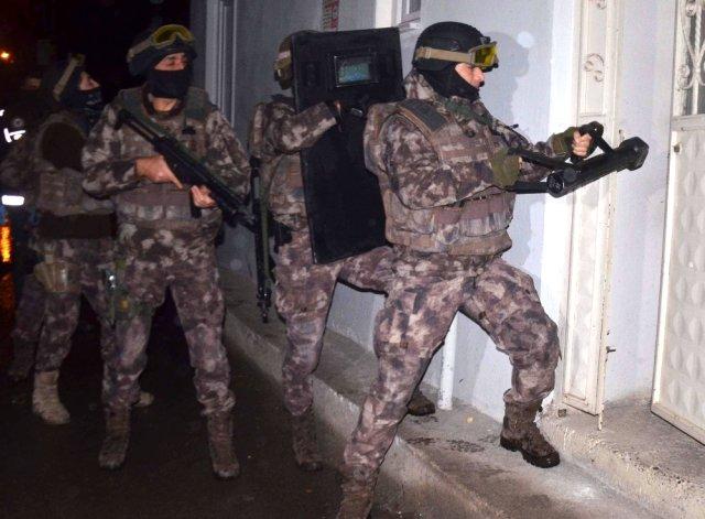İlçede Deaş ve PKK'ya Operasyon