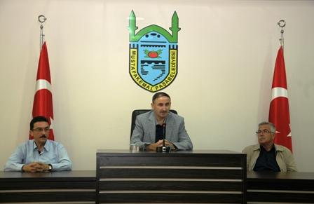 Belediye personeli bayramla�t�